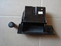 Scrumiera Ford Mondeo Mk1