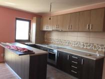 Apartament cu 3 camere  Floresti