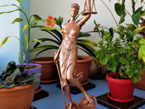 Statueta Justiția
