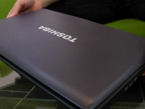 "Laptop ""Toshiba Satellite"" cu baterie Originala din 2019."