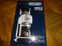 Rajnita de cafea delonghi kg 520.m -50 % reducere sigilata