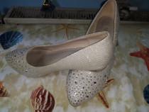 Pantofi domnișoare
