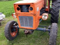 Tractor utb universal 445