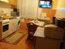Apartament cu doua camere Oravita central