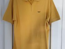 Tricouri și bluze bărbătești