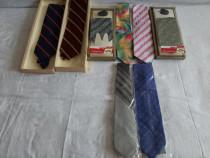Cravate Bărbătești