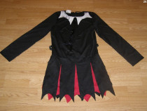 Costum carnaval serbare vampirita cavalerita pentru adulti S