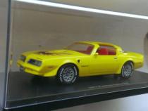 Macheta Pontiac TransAm Firebird 1977 -AutoWorld (ERTL) 1/43