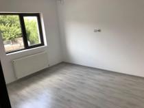 Apartament cu 2 camere,bucatarue Închisă.