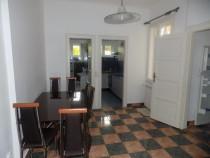 Inchiriez apartament 2 camere 70mp, central, mobilat, utilat