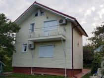 Casa/vila 3 camere cu iesire la lac Piteasca central