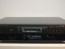 Minidisc recorder Technics SJ-MD100