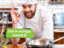 Colegi Locatia Dinner Food hai in echipa!