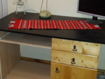 Birou de lucru cu masa glisanta pentru tastatura