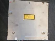 4E0035646A amplificator audio audi