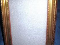 188a- Stativ foto din calamina sintetica plastefiata aurita.