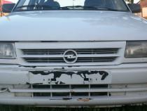 Grila radiator Opel Astra F