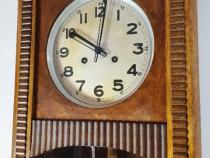 Ceas de perete cu pendul Urgos, 3 bare de rezonanta