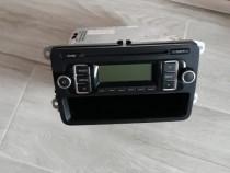 Casetofon radio cu cd golf 6 Original