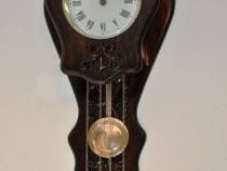 Ceas de perete cu pendula si 2 greutati Victoria