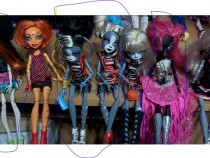 Păpuși monster high