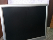 Monitor Acer LCD.
