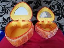 2 cutii pt bijuterii, in forma de inima