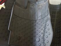 Set covoare Dacia Duster