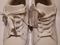 Adidasi Pantofi sport albi pentru copii, nr. 35, noi