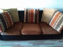 Canapea 3 locuri