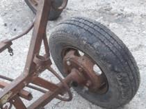 Căruțe pentru tractor