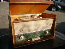 Radio de colecție, vintage, pe lămpi cu pick-up Electronica