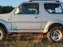 Suzuki Jimny off road