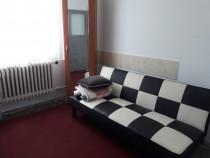 P.F. inchiriez apartament 3 camere zona iulius mall