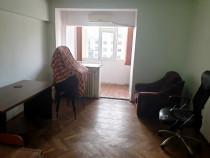 Apartament cu 3 camere in zona Centrala-Galerii