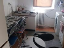 Apartament de 2 camere decomandate zona Gruia