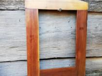 Rama taraneasca din lemn pentru oglinda
