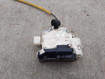 Incuietoare usa stanga spate Audi A6 C6, 2006, 4F0839015A