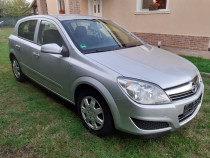 Opel Astra H - 2009