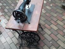 Masină de cusut Rincschiff veche