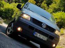 Volkswagen T5//2005// 7 locuri// 2.5 d