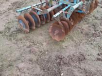 Disc agricol pe rulmenti