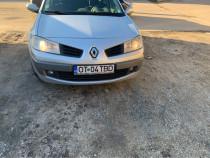 Renault Megane. 1.6