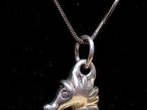 Lant cu pandantiv (calut de mare) din argint