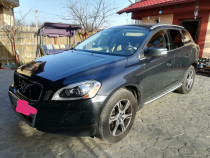 Volvo xc60 5D awd automatic 4 *4