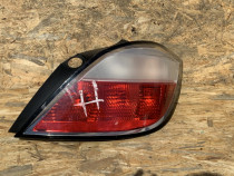 Lampa stop dreapta Opel Astra H