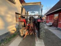 Tractor INTERNATIONAL + utilaje (detalii in descriere)