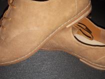 Pantofi noi piele intoarsa