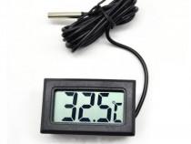 Termometru digital,cu afisare LCD,Afisare:-50/+110°C,nou