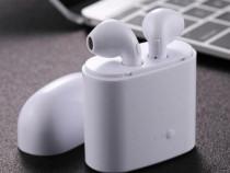 Set 2 Casti Wireless cu Suport Incarcare